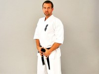 Phoenix Karateanzug Kyokushinkai Gi mit Brustbestickung