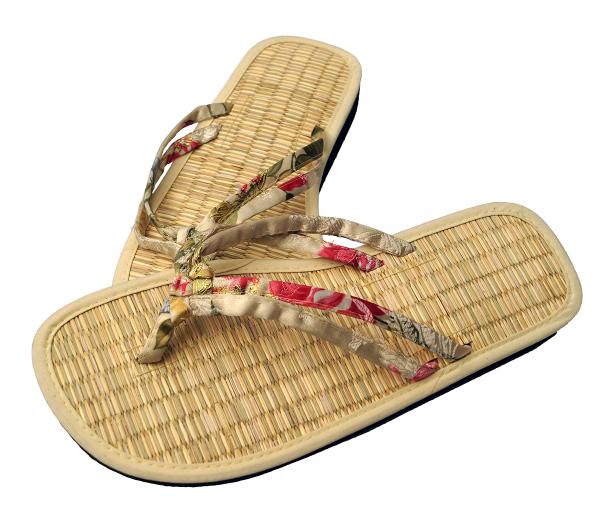 Zimtlatschen Hue von Les Tôngs in der Farbe Bambus-Rot-Gold 1